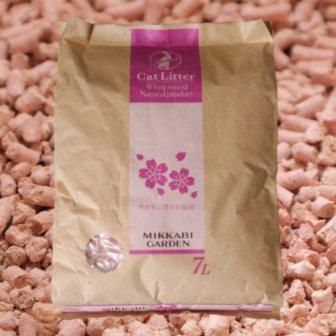 サクラの香りの猫砂のアイキャッチ画像